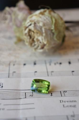 ときめきの宝石たち(ペリドット)