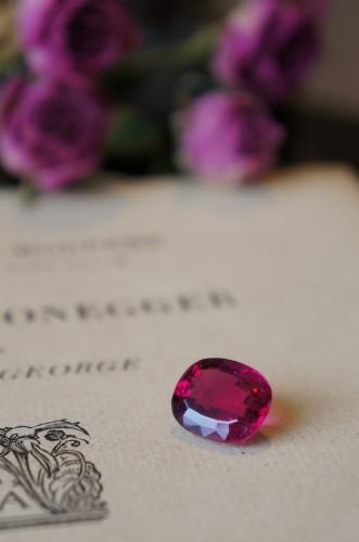 ときめきの宝石たち(ルべライトトルマリン)