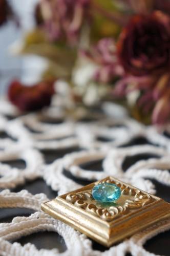 ときめきの宝石たち(パライバトルマリン)
