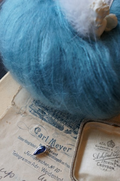 ブルーの雫
