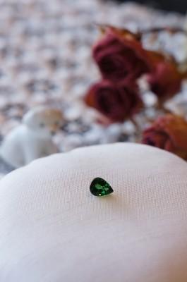 ときめきの宝石たち(ツァボライト)