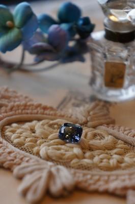 ときめきの宝石たち(非加熱タンザナイト)